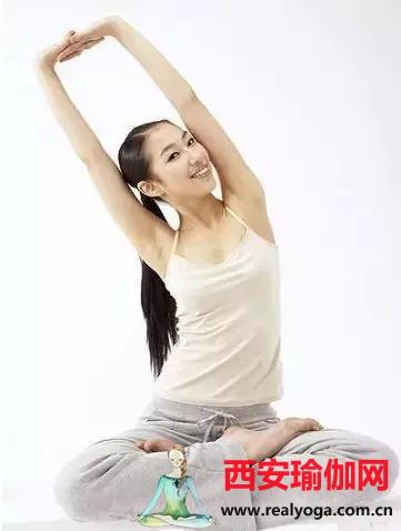 练习瑜伽的顺序,练体位法第一步不是拉筋,而是…